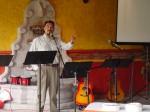 Carlos predicando